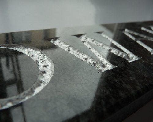 Renowacja liter na pomniku || Galanteria Nagrobna || Galanteria Cmentarna